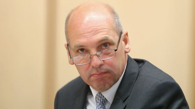 Article image for Senate president Stephen Parry to resign after confirming British citizenship