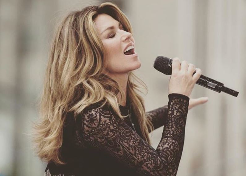 Article image for Shania Twain talks to Denis Walter after her new album debuts at No.1