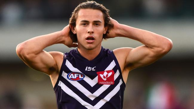 Article image for Young Docker requests trade to the Suns