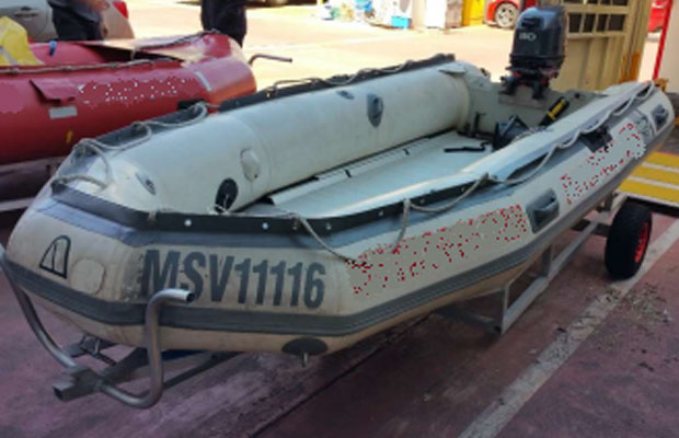 Article image for Police hunt for stolen rescue boat … but what colour is it?