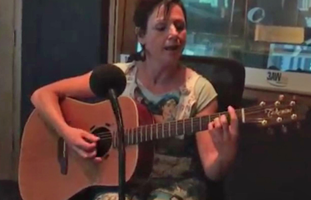 Article image for Billy's Buskers: Christa Hughes joins The Weekend Break in the 3AW studio