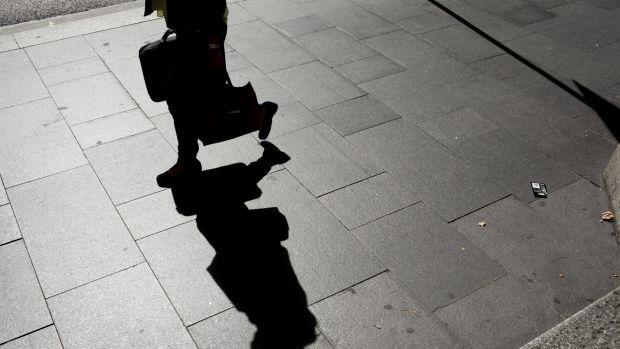 Article image for Survey shows Australians not realising their ambitions, fearing failure and being labelled a 'bragger'