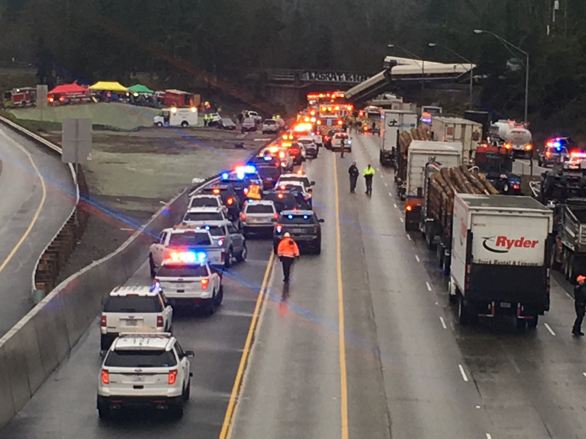 Article image for Several dead after US train collapses in debut run