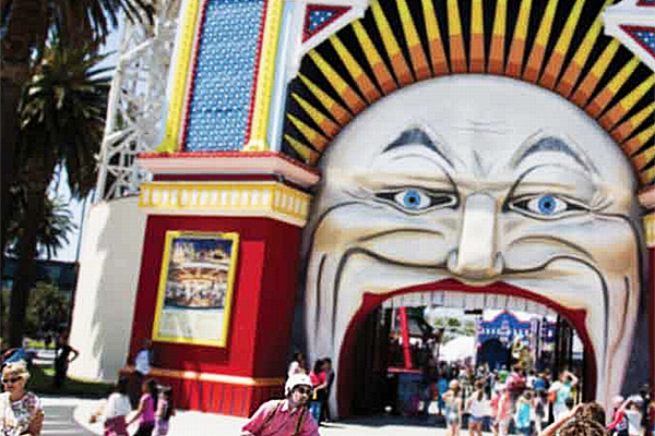 Article image for Luna Park cracks down on non-paying sightseers