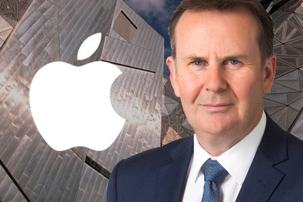 Article image for Tony Jones debates Tourism Minister over Apple megastore