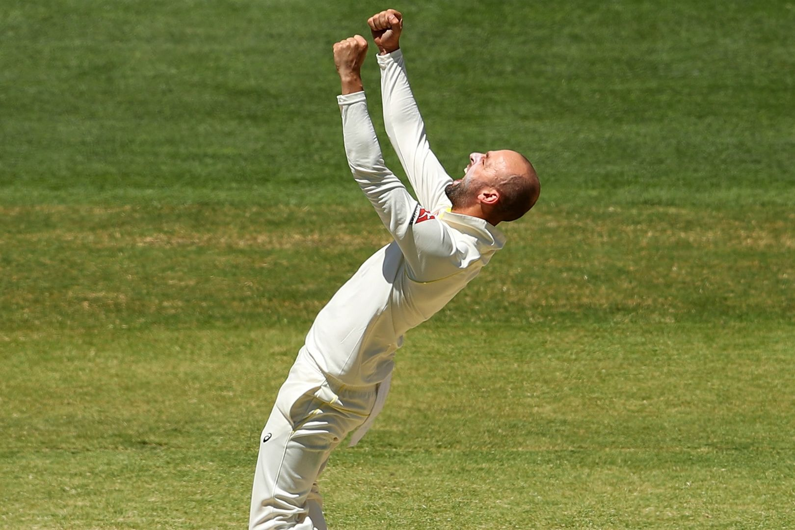 Article image for Lyon's the best spin bowler in the world, says mentor