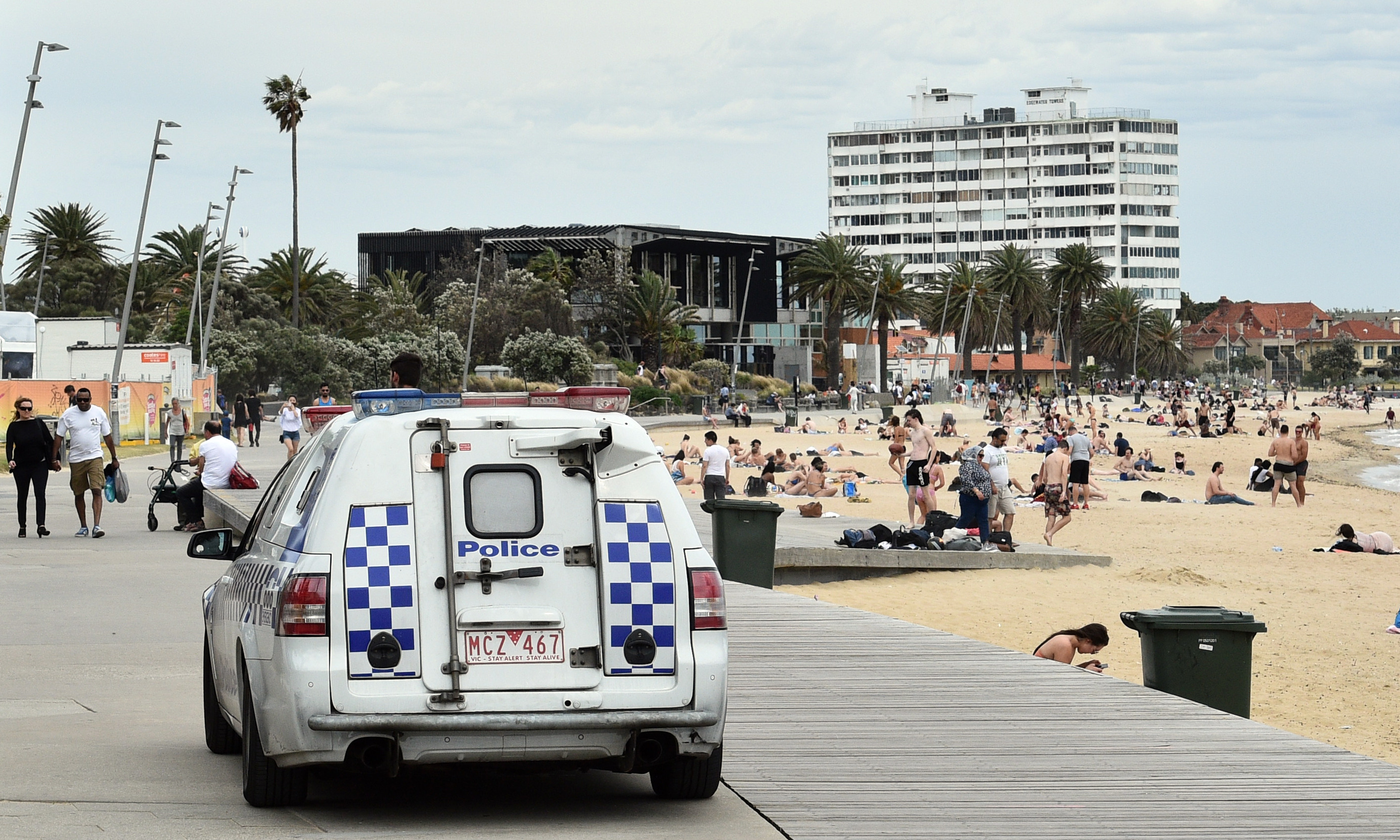 """Article image for Police to deploy """"significant resources"""" at St Kilda tonight amid fears of further violence"""