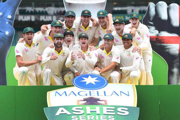 Article image for Australia's four-finger cricket salute causes a stir