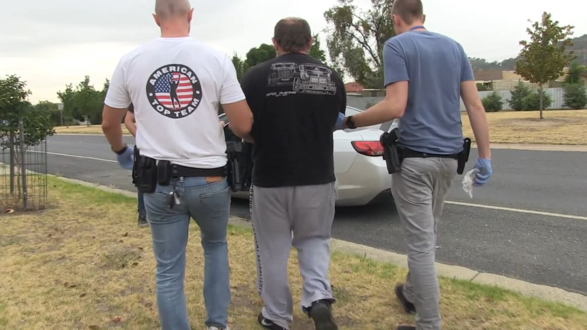 Article image for Five arrested after anti-bikie raids in Albury and Wodonga