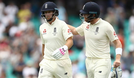 Article image for Root resumes as England frustrate Australia in Sydney