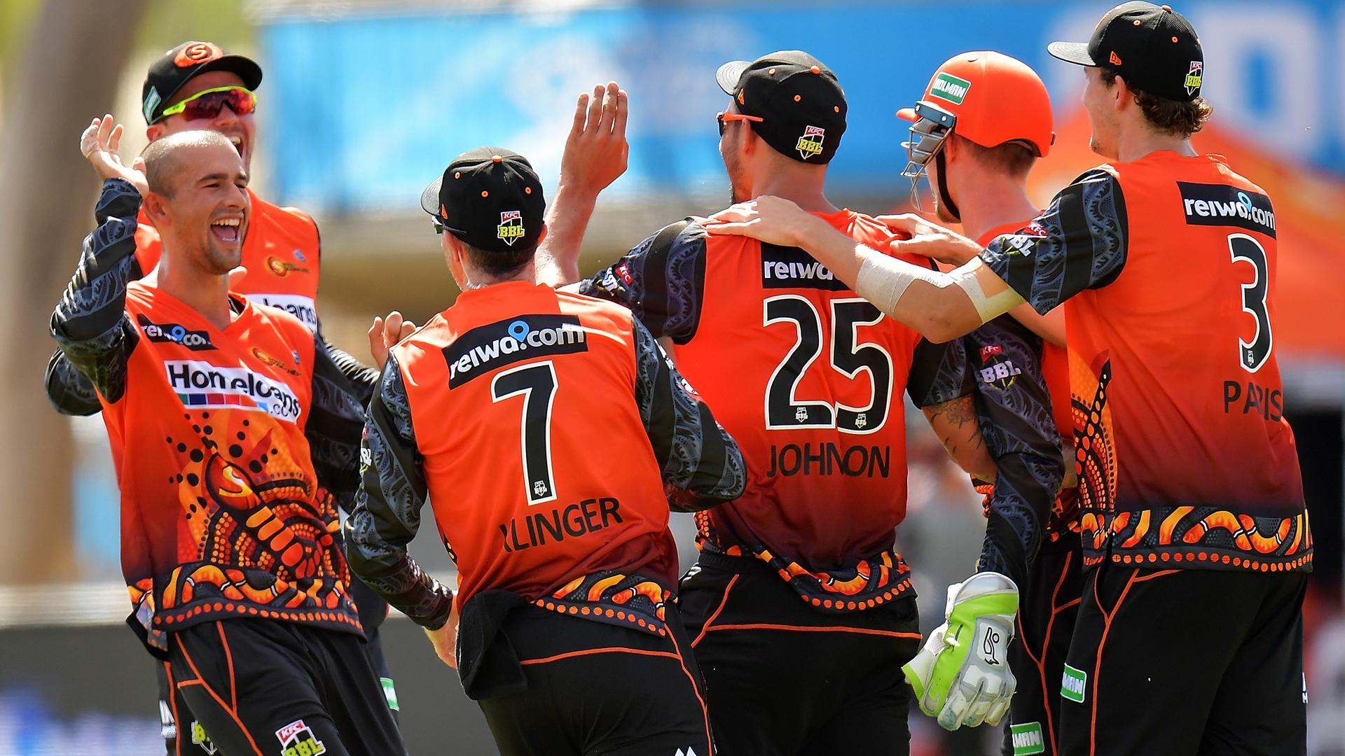 Article image for Scorchers move into top spot in Alice Springs