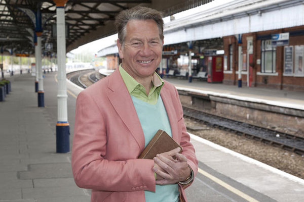 Article image for Colourful English TV show host confirms he's in the country to film an Aussie series