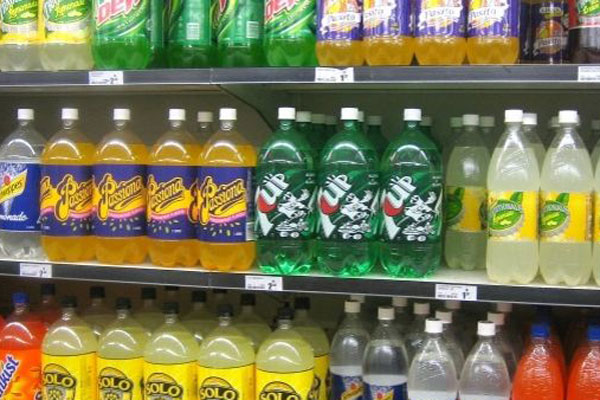 Article image for The Victorian councils 'nudging' people away from buying sugary drinks at sporting venues
