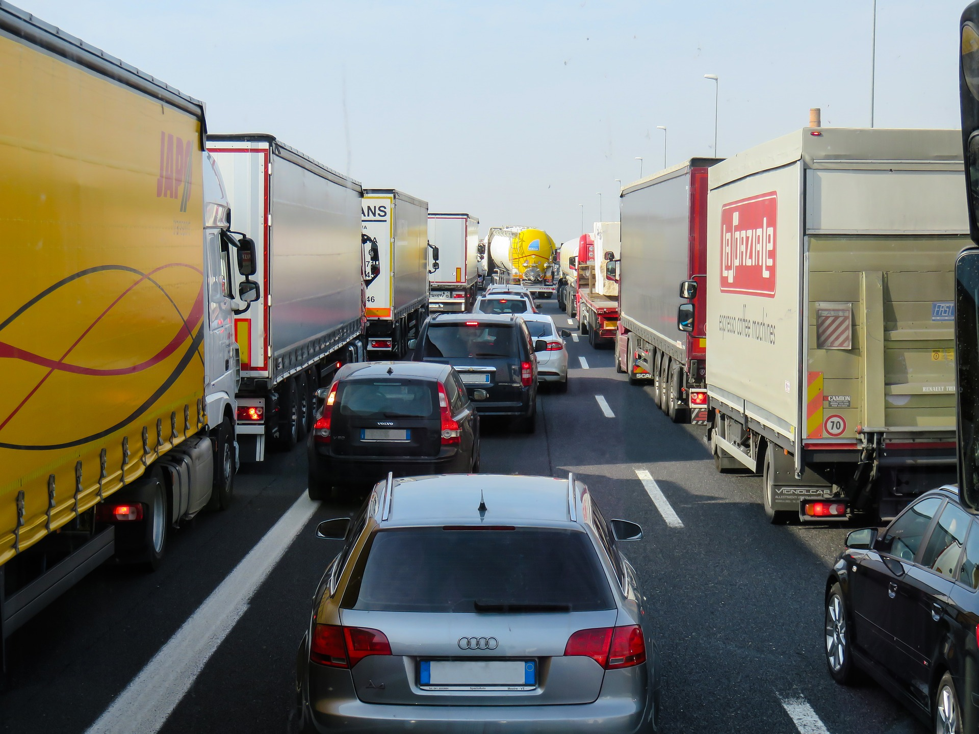 Article image for VicRoads begins truck ban trial on the Monash