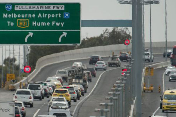 Article image for Speed limits to be increased to 100km/hr on Tullamarine Freeway during off-peak times