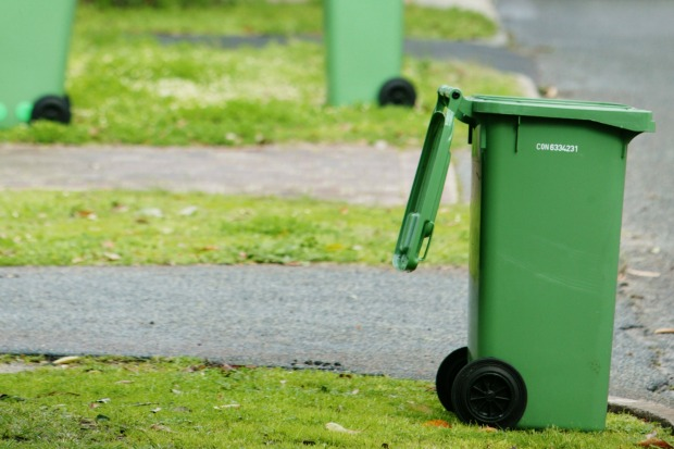 Article image for Garbage collection conflict leaves residents stuck with rubbish