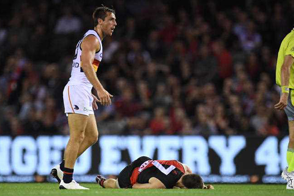 Article image for Crow midfielder reported for bump on Zach Merrett