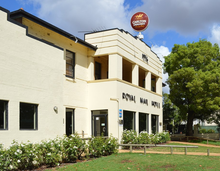 Article image for Pub Of The Week: Tony Leonard reviews the Royal Mail Hotel, Whittlesea
