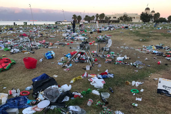 Article image for Councillors to vote on permanent booze ban at St Kilda foreshore