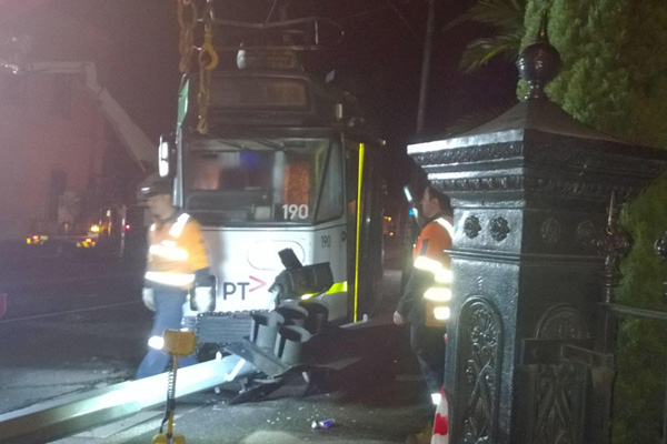 Article image for Tram driver in trouble over derailment causing Ascot Vale traffic chaos