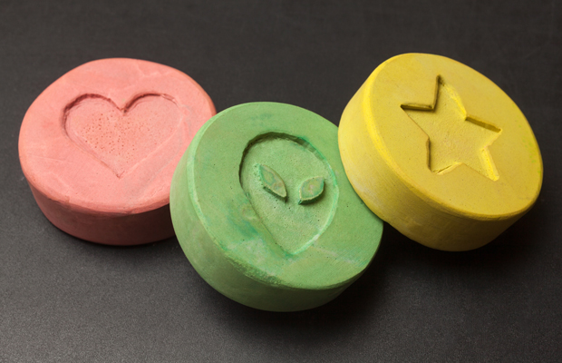 Article image for Paint, toothpaste and milk powder found in pills tested at Canberra music festival