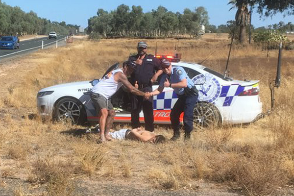 Article image for Geelong man's citizen's arrest amid NSW-Victoria police chase