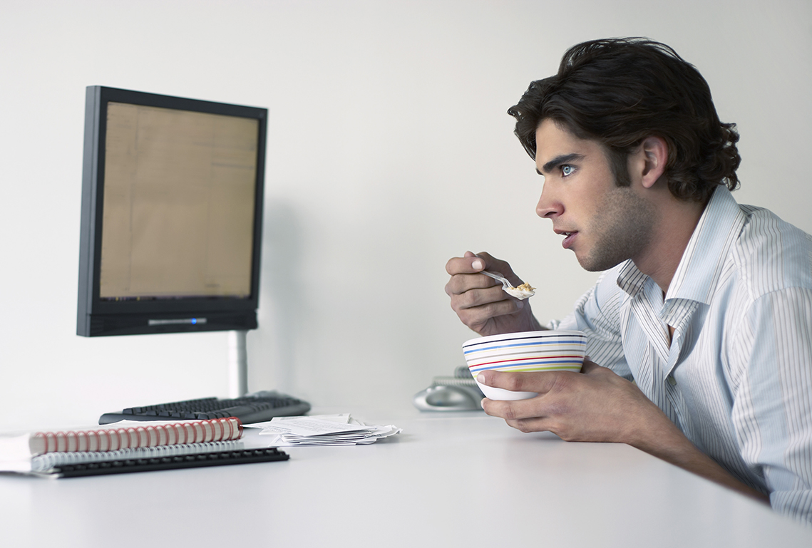 Article image for An alarming number of Aussies are working through their lunch break