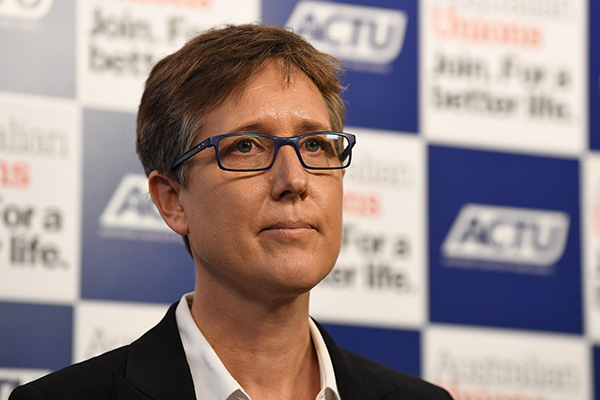 Article image for Political parties yet to back ACTU's plan to raise wages