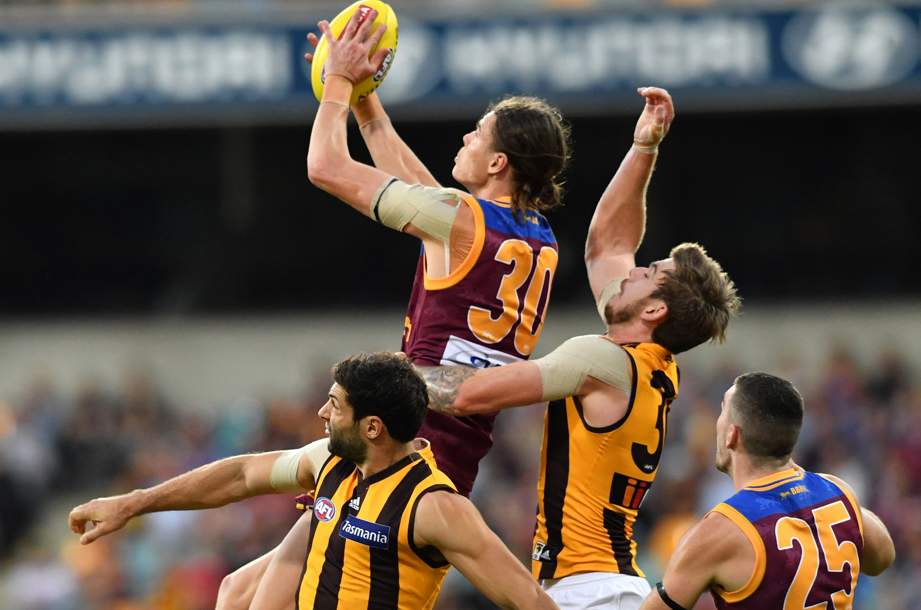 Article image for Brisbane opens their 2018 account with upset victory over Hawthorn