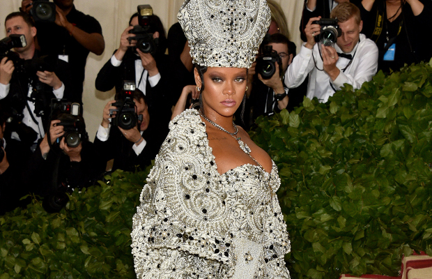 Article image for Questions raised over religious fashion theme