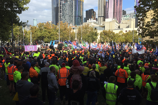 Article image for Tens of thousands of union workers rally in the CBD
