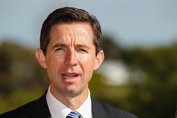 Article image for Federal Education Minister defends chaplains in state schools