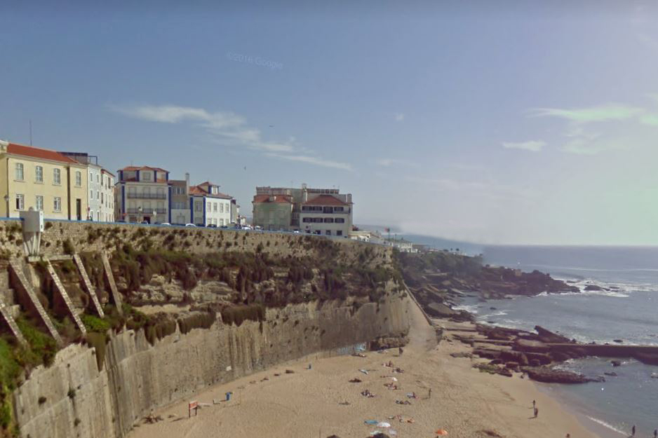 Article image for Australian dies after falling from cliff in Portugal