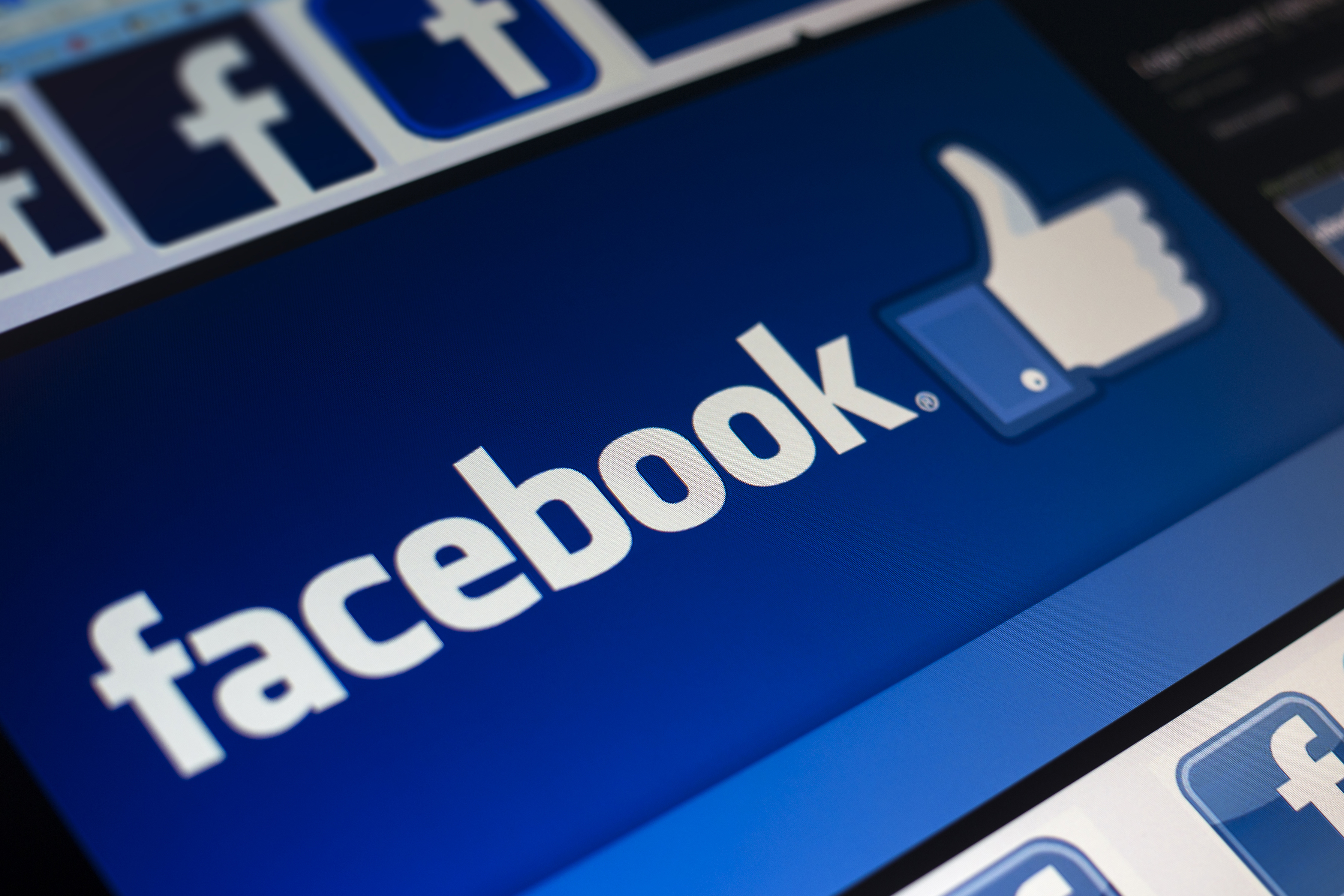 Article image for Facebook to allow group administrators to slug their members a subscription fee