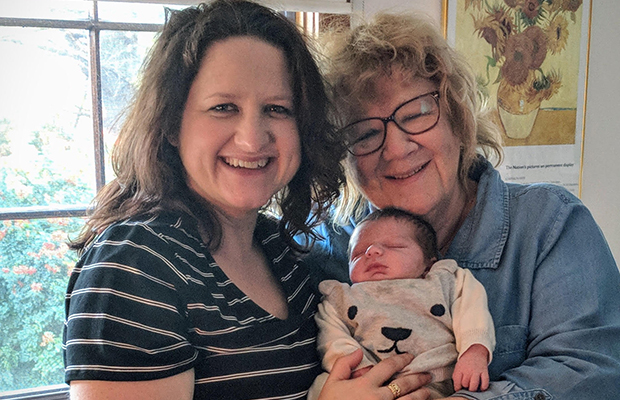 Article image for Grandma saves the day in dramatic 000 roadside birth