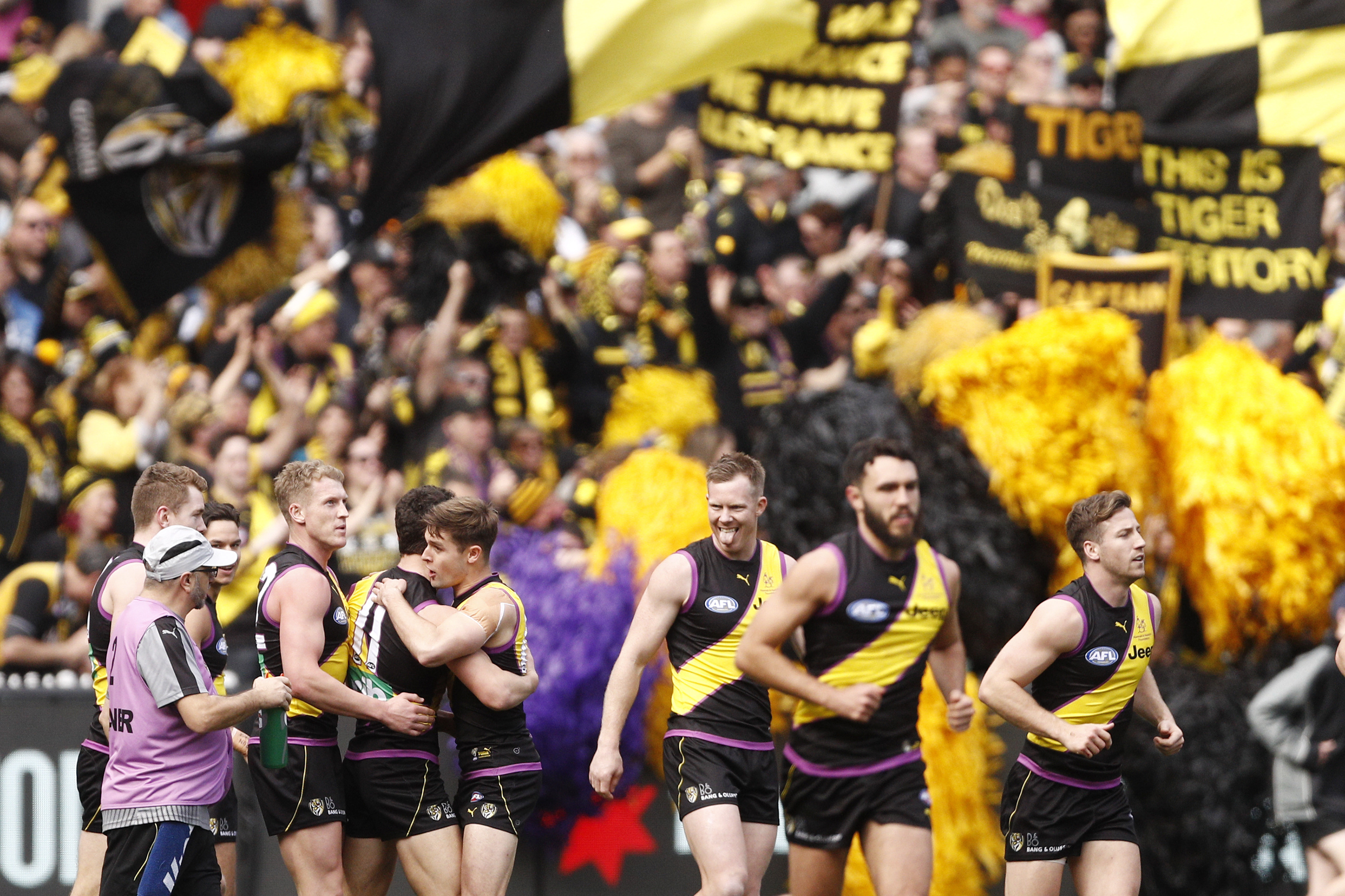 Article image for Richmond win big in front of bumper crowd