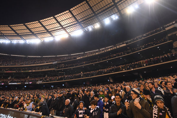 Article image for Overdue laws to protect AFL fans from 'sophisticated' scalpers