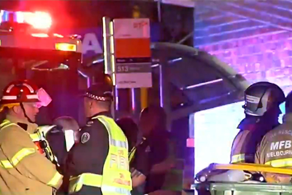 Article image for Elderly man dies after house fire in Melbourne's north-east