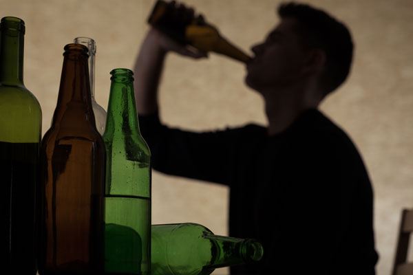 Article image for The argument to raise the drinking age to 21 after study reveals link to adulthood drinking