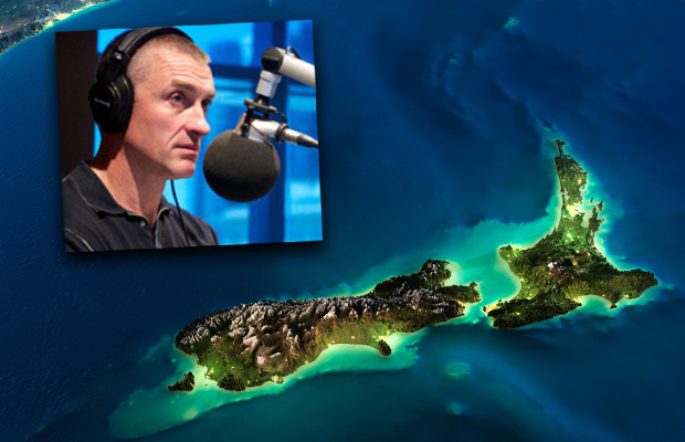 Article image for Tom Elliott says New Zealand should become part of Australia