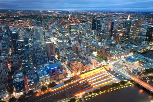Article image for 25 million Australians: Population milestone prompts immigration debate