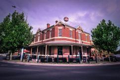 Pub Of The Week: Tony Leonard reviews the City Oval Hotel