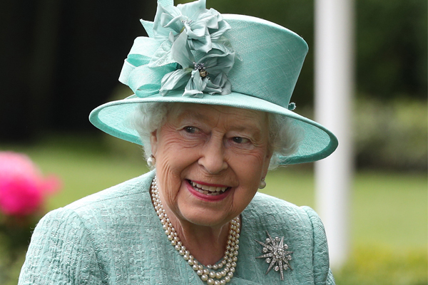 Article image for MP inundated with requests for portraits of Queen Elizabeth after article goes viral
