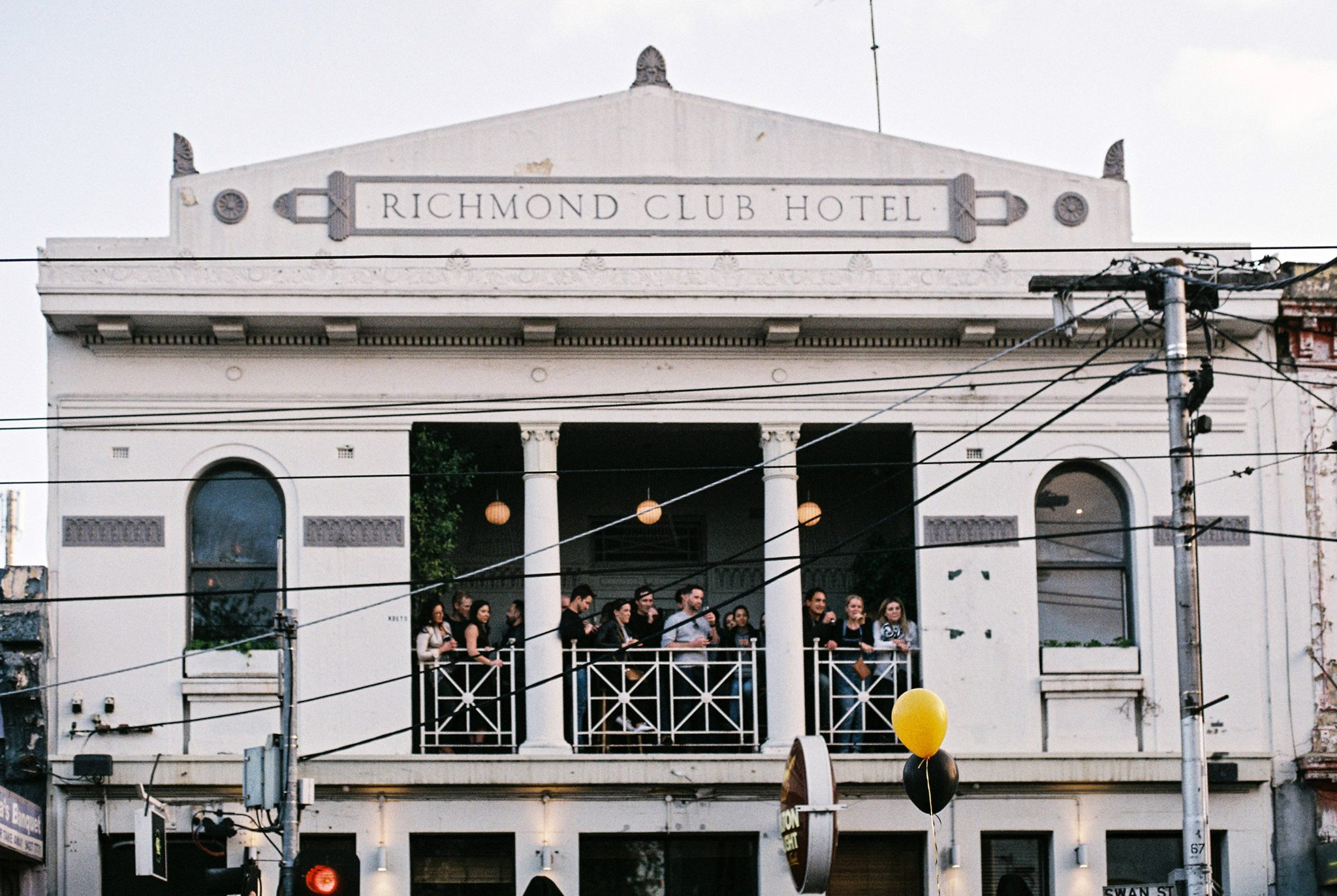 Article image for Pub Of The Week: Tony Leonard reviews the Richmond Club Hotel