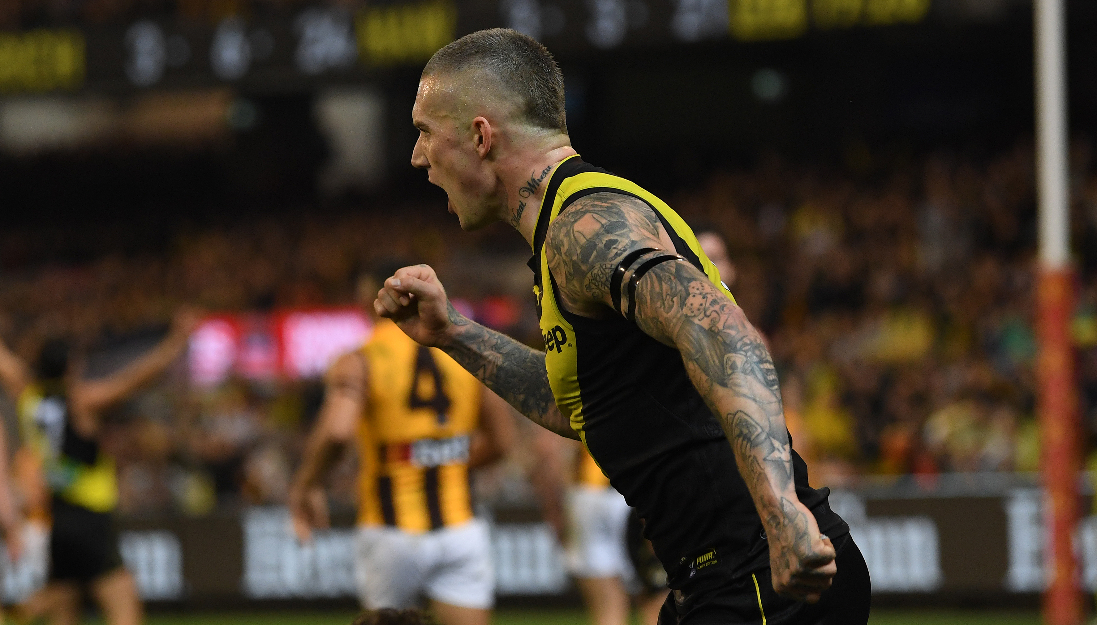 Article image for Richmond win easily to book preliminary final spot