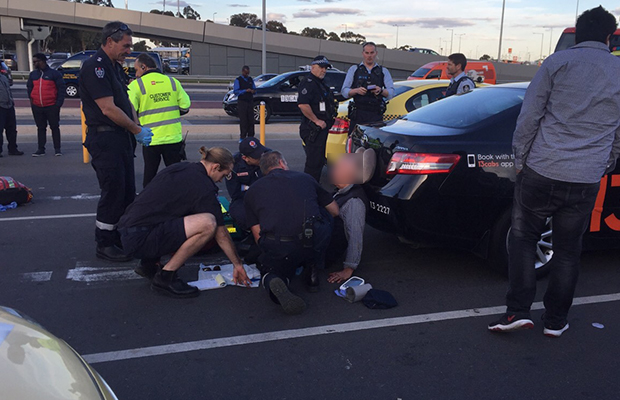 Article image for Taxi drivers brawl at Melbourne Airport