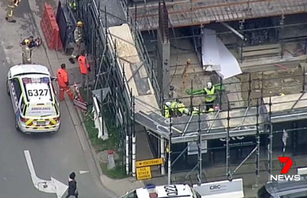 Article image for Crane chain snaps at work site, killing one and injuring others