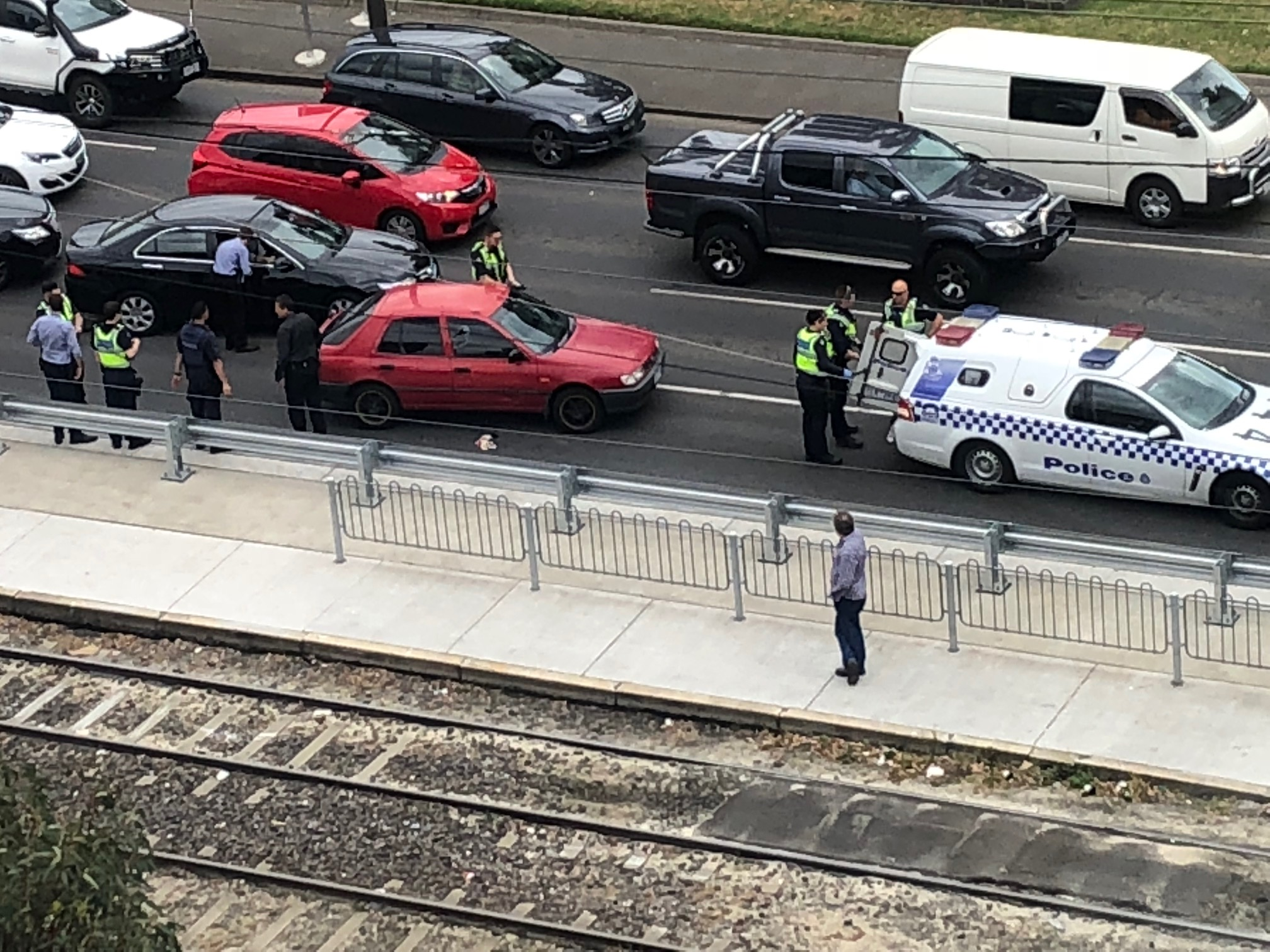 Article image for Man arrested in dramatic fashion at South Melbourne