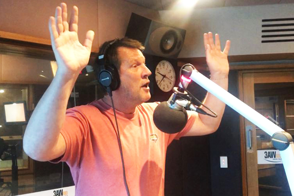 Article image for A lesson in jazz hands with 3AW newsreader David Armstrong
