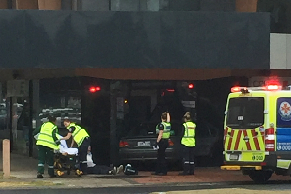 Article image for Car crashes into pizza shop in Werribee